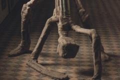 """""""Изправящ се мъж"""" – част от """"Зеблени хора"""", зебло, дърво, желязо, 130/140/140 см., 2017 г."""