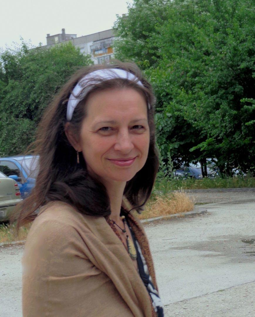 """Христина Гутева: """"всеки миг е снежинка…"""""""